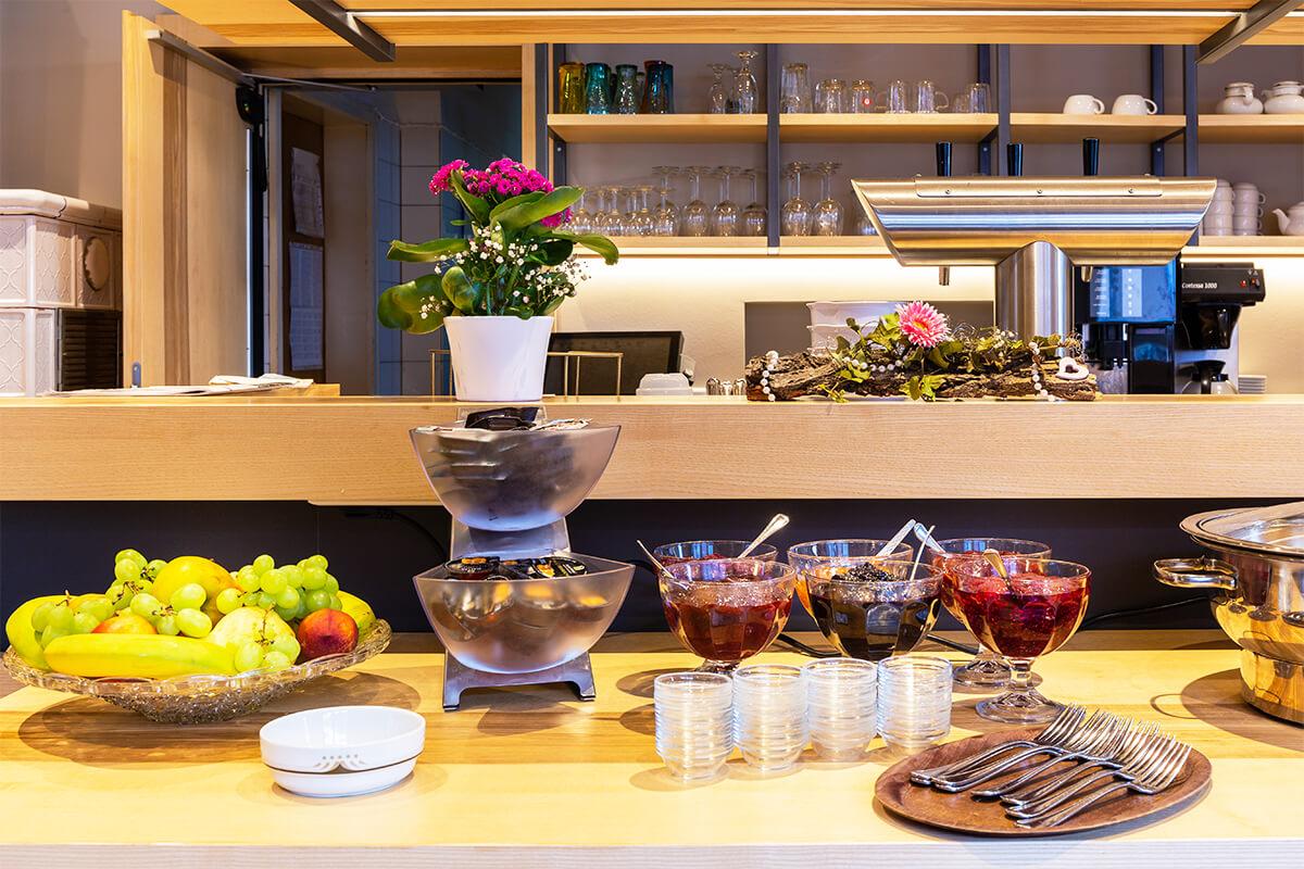 Das leckere Frühstücksbüffet im Gasthof Rebstock in Stetten am Bodensee